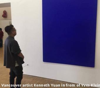 Vancouver artist Kenneth Yuan in from of Yves Klein's IKB (image courtesy of Yuen)